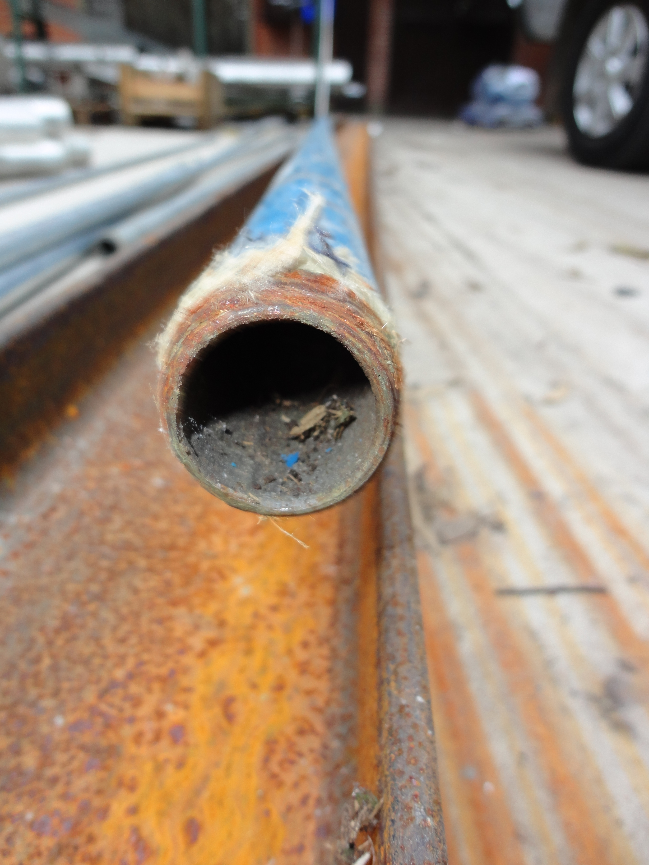 Caño de acero galvanizado reemplazado en la red de un cliente
